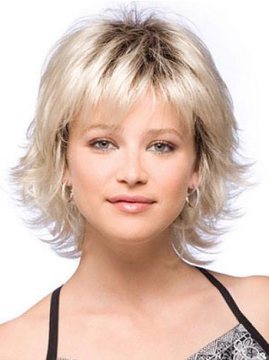 Fashionable Blonde Straight Chin Length Synthetic Wigs